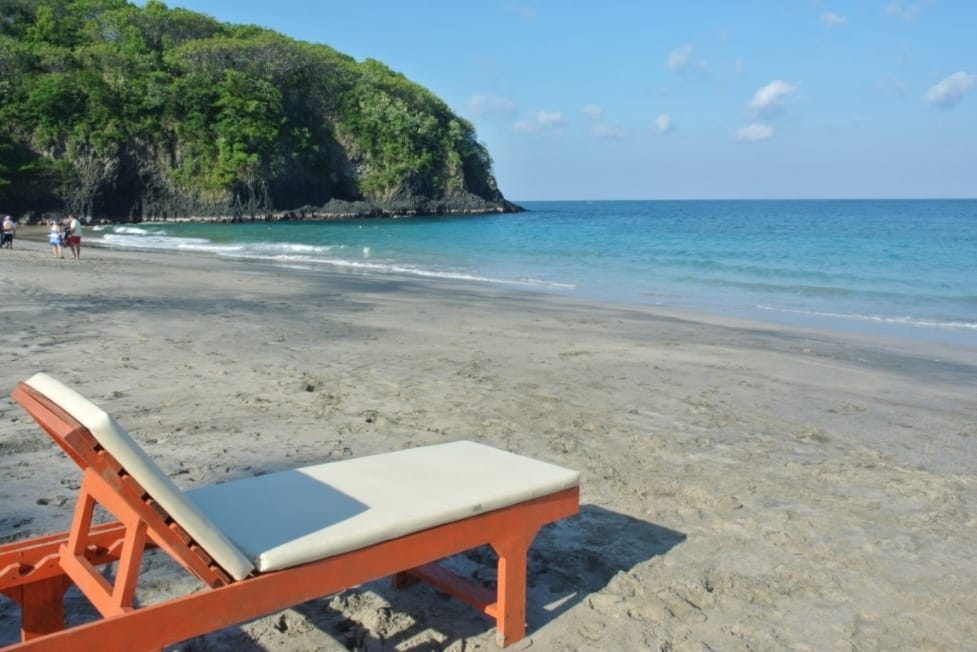 Pantai Pasir Putih Bali
