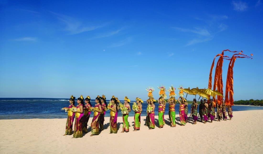 Adat Pantai Nusa Dua Bali
