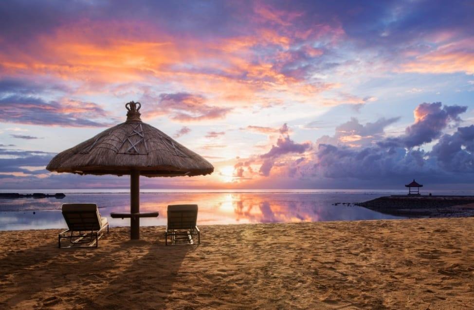 Sunset Pantai Nusa Dua Bali