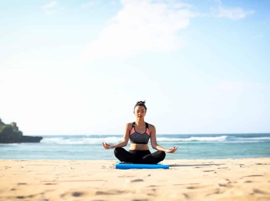 Meditasi Pantai Nusa Dua Bali